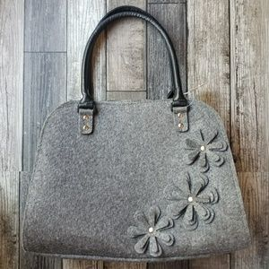 VOLARIS FELT flower bag NWT